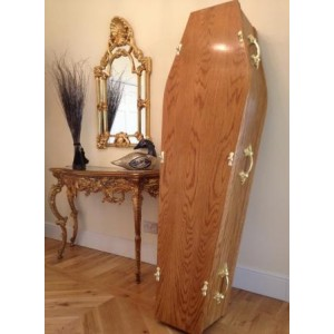 Traditional Oak Coffin - Low Cost Funeralcare *HANDMADE BY SKILLED CRAFTSMEN*
