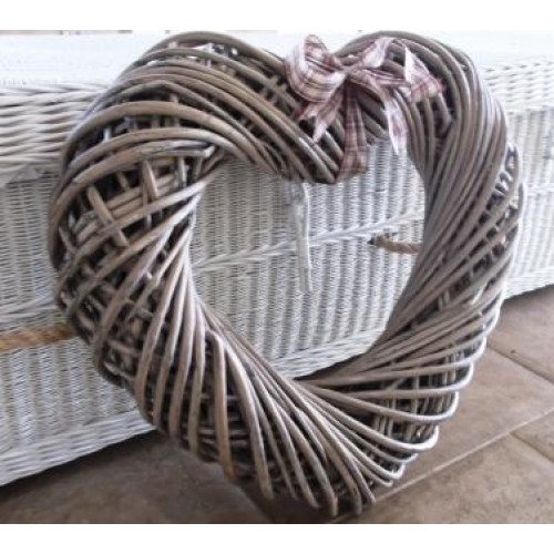 Willow Wicker Large Memory Heart Wreath Natural Brown