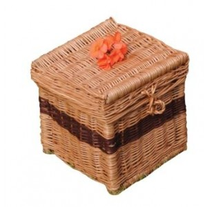Natural  Wicker / Willow Traditional Wellsbourne Cremation Ashes Casket.
