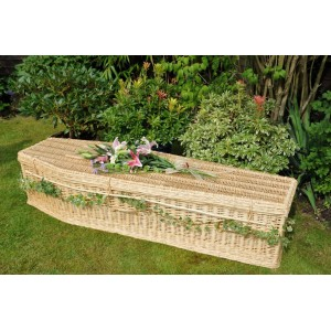 Creamy-White Wicker / Willow Wellsbourne Natural  (Traditional Style) Coffin. Please call for best prices